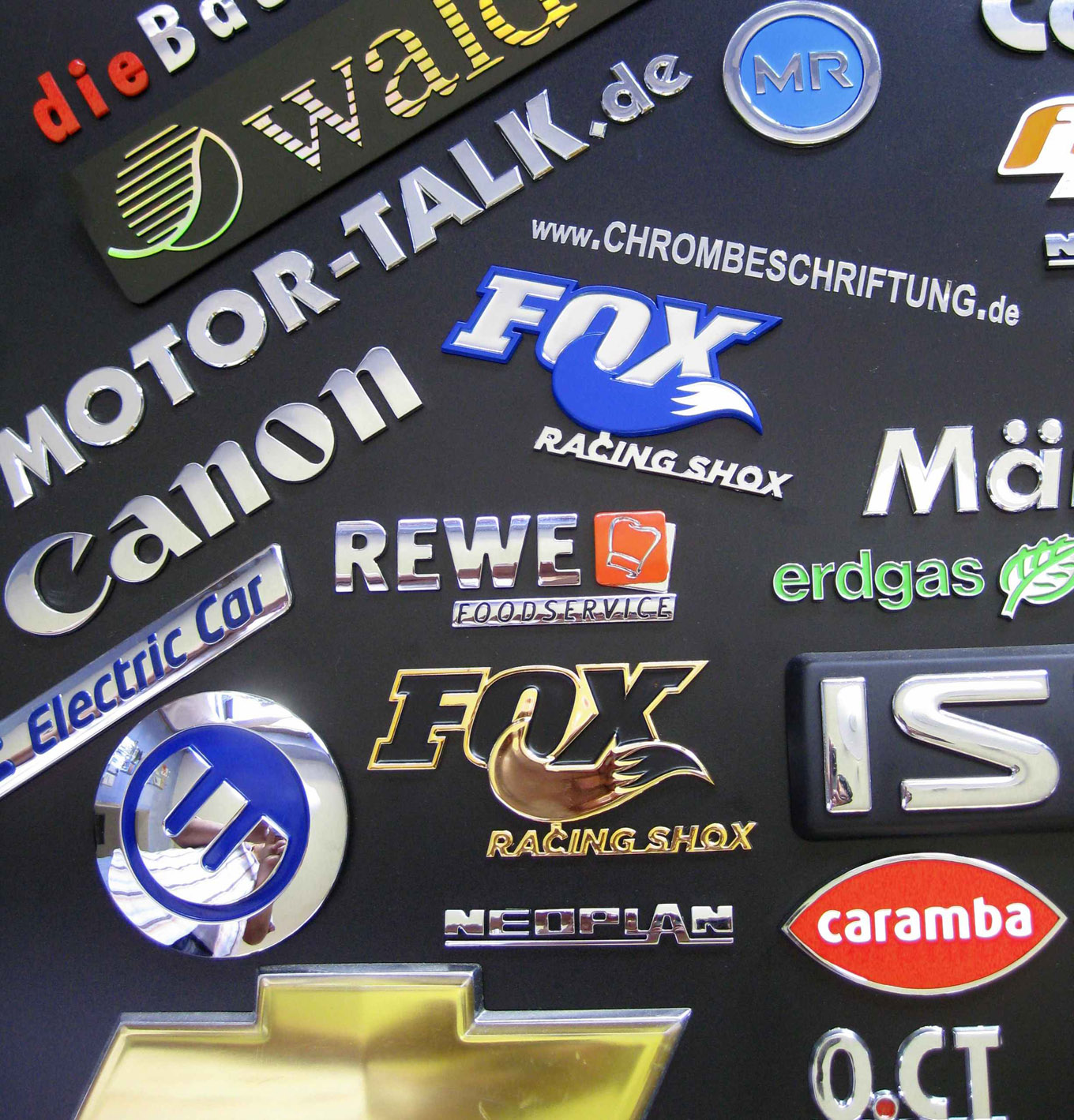 Autoaufkleber Logo